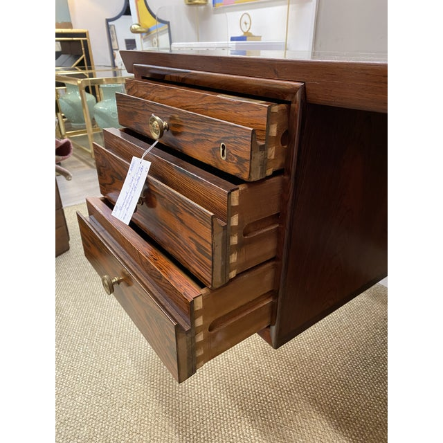 Stunning Vintage Mid Century Modern Rosewood Executive Desk 1960s Brass Hardware Beautiful For Sale - Image 9 of 10