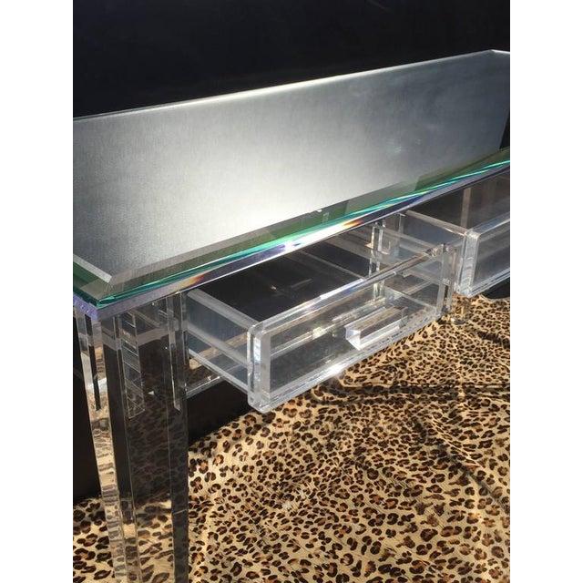 Elegant Lucite Desk with Mirror Top Style of Charles Hollis Jones - Image 5 of 8