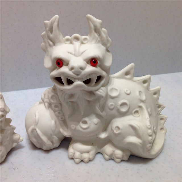 1960s 1960s White Porcelain Foo Dogs - A Pair For Sale - Image 5 of 11