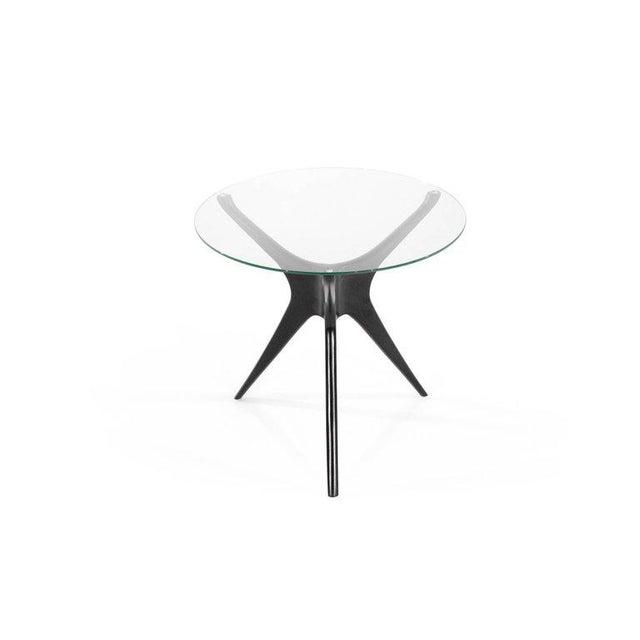 Mid-Century Modern 1950s Vladimir Kagan Walnut Trisymmetric End Tables - a Pair For Sale - Image 3 of 10