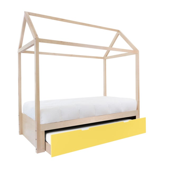 Domo Zen Twin Trundle Canopy Bed in Maple With Yellow Finish For Sale