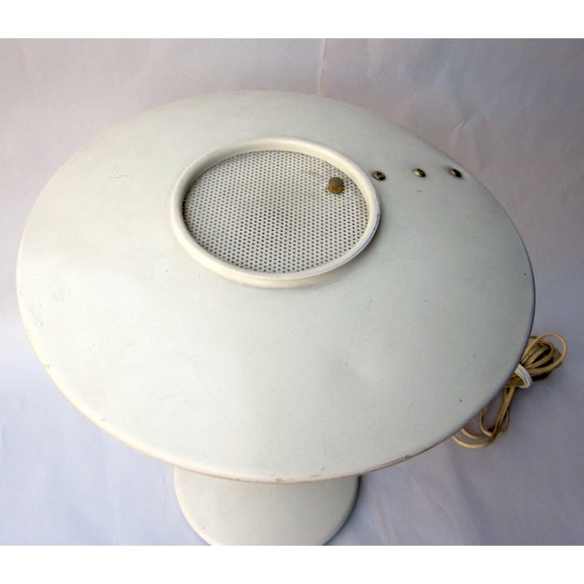 Mid-Century Modern Vintage 1950s Mid Century Atomic Age MCM Dazor Ufo Desk Lamp or Table Lamp With Eggshell White Finish and Original Fiberglass Shade For Sale - Image 3 of 11