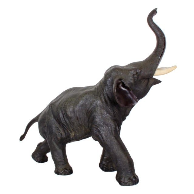 Mid 19th Century Fine Meiji Period Bronze Elephant For Sale - Image 5 of 11