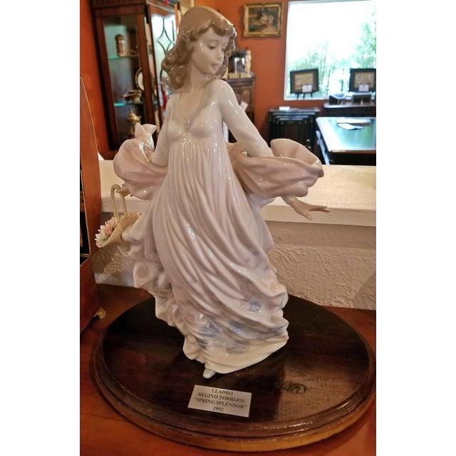Lladro Spanish Porcelain Figurine of Spring Splendor (Retired) For Sale In Dallas - Image 6 of 13
