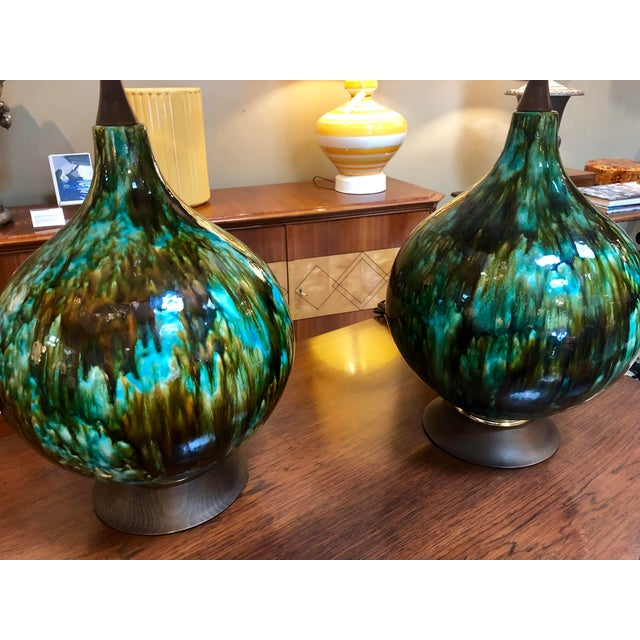 American 1960's Olive Green and Teal Drip Glaze Bulbous-Form Lamps With Shades - a Pair For Sale In San Francisco - Image 6 of 7