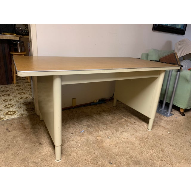 1970s Mid-Century Modern McDowell and Craig Vintage Metal Writing Desk For Sale - Image 10 of 13