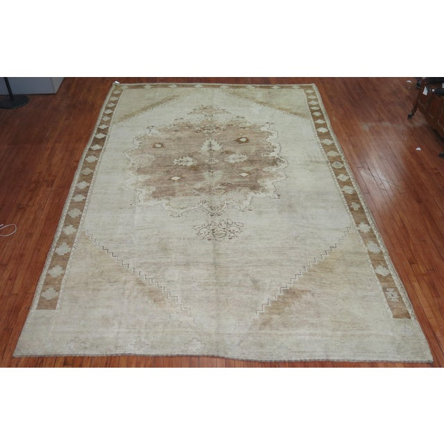 Asian Vintage White & Brown Turkish Oushak Rug, 9'1'' x 13'8'' For Sale - Image 3 of 5