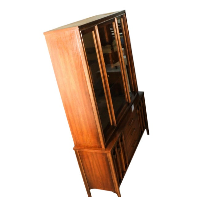Glass Kent Coffey Perspecta Mid-Century Modern China Hutch Cabinet For Sale - Image 7 of 9