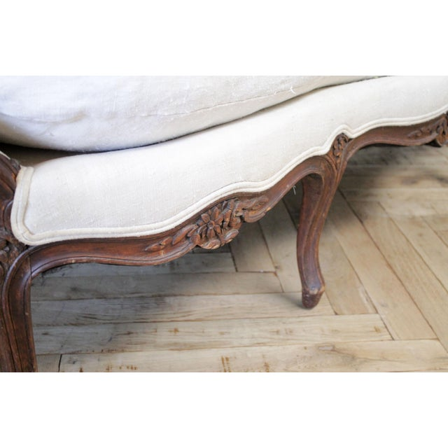 Late 19th Century Carved Walnut Sofa With Antique French Grainsack Upholstery For Sale - Image 9 of 13
