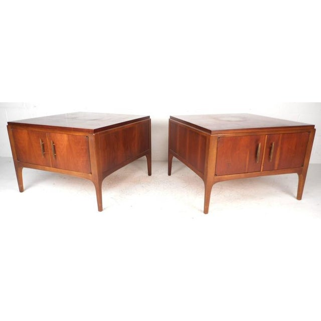 Mid-Century Modern Lane Furniture Mid-Century Low End Tables - a Pair For Sale - Image 3 of 8