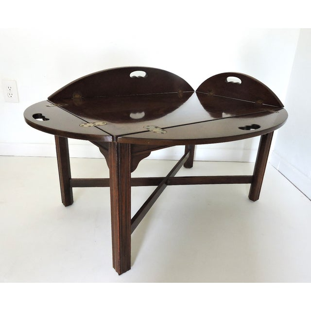 Classic Drexel Heritage Butler's Table. Sought after and hard to find, finest quality 18th-C. reproduction, fixed butler's...
