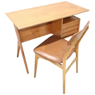 20th Century Italian Design Writing Desk With Chair by Gio Ponti, 1960s For Sale