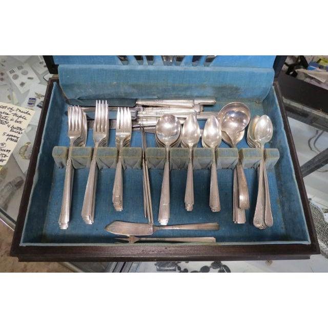 Oneida Vintage Art Deco Oneida Triple Silver Plate Flatware Set, C. 1940. - 79 Pieces For Sale - Image 4 of 7