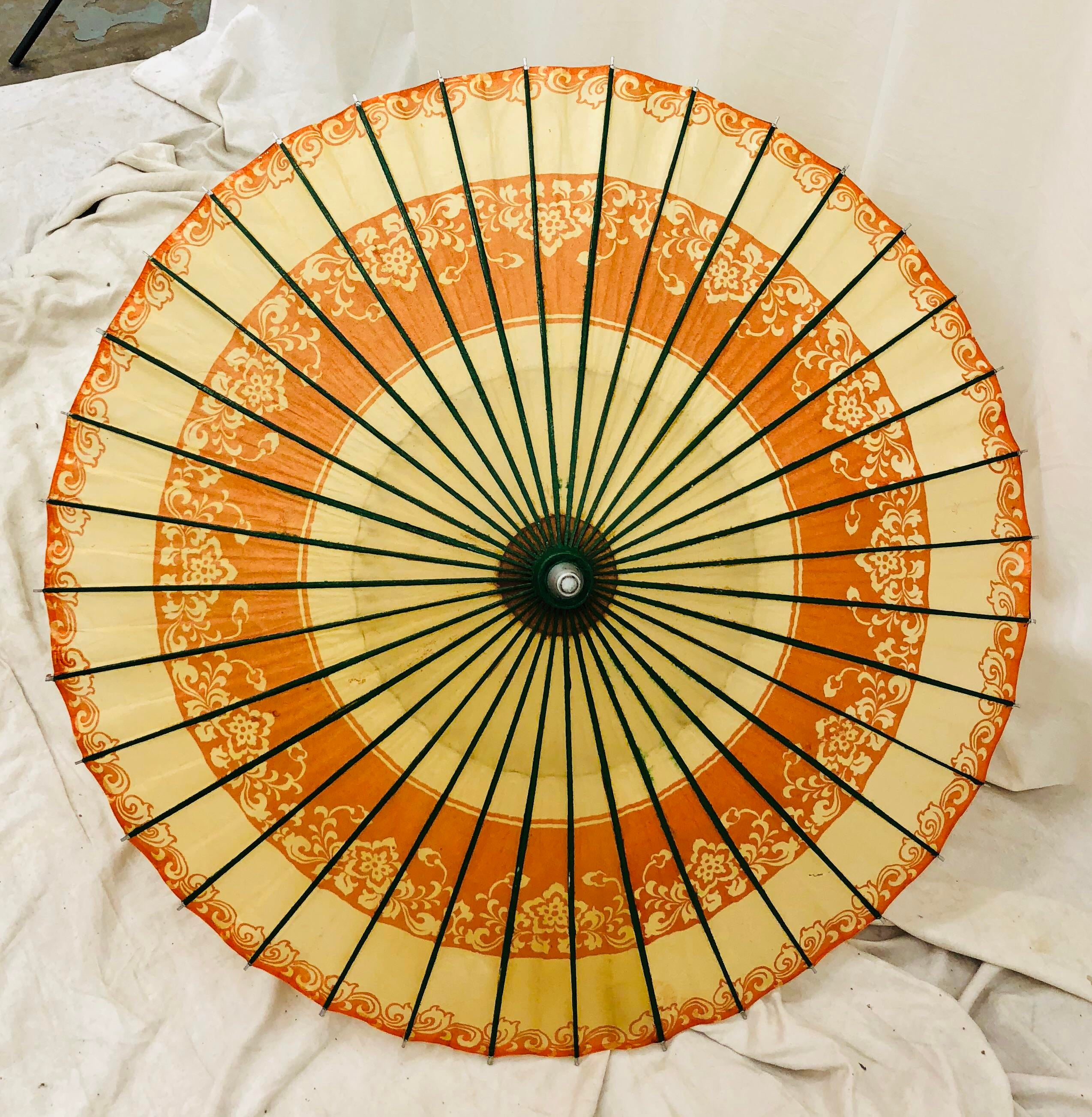 Vintage Red Cloth Umbrella Bamboo Chinese Oriental Decor Parasol Style H3C9