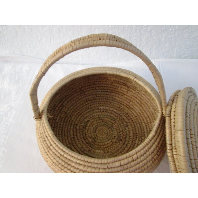 African Lidded Woven Basket - Image 5 of 5