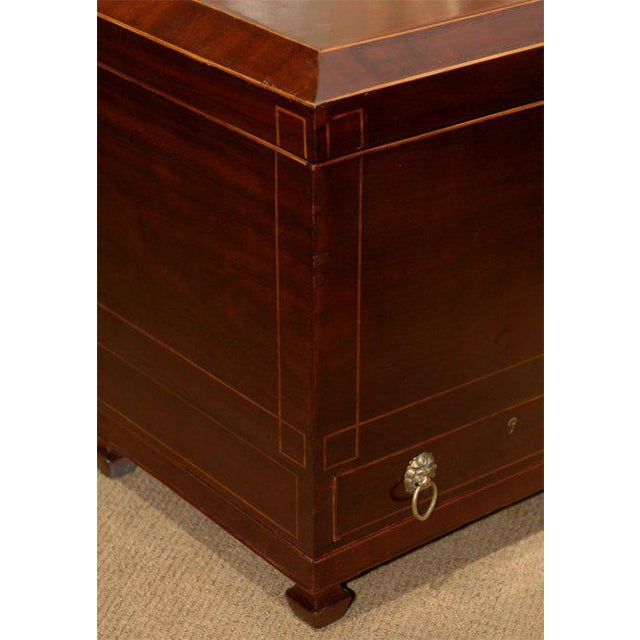 Federal 19th Century Inlaid Federal Mahogany Inlaid Wine Cellarette For Sale - Image 3 of 7