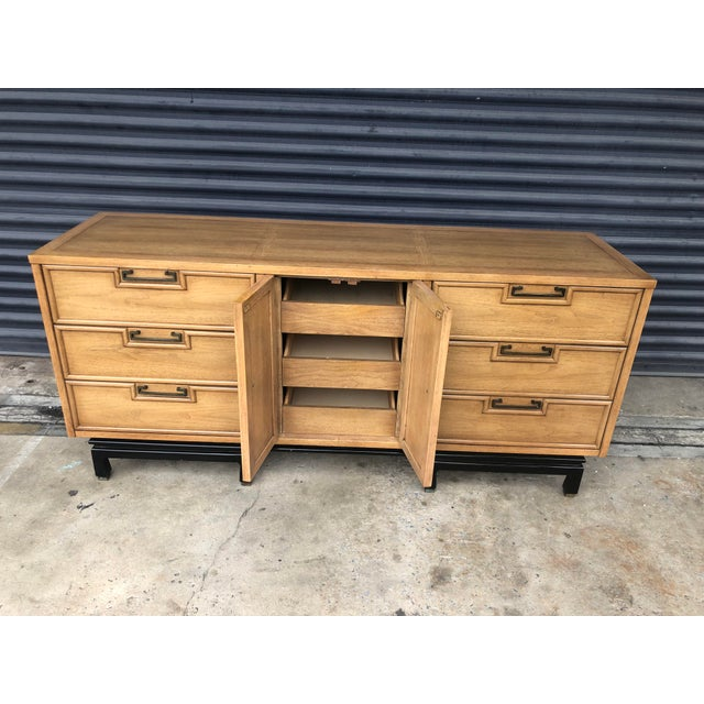 Asian Mid Century Chinoiserie American of Martinsville Dresser For Sale - Image 3 of 13