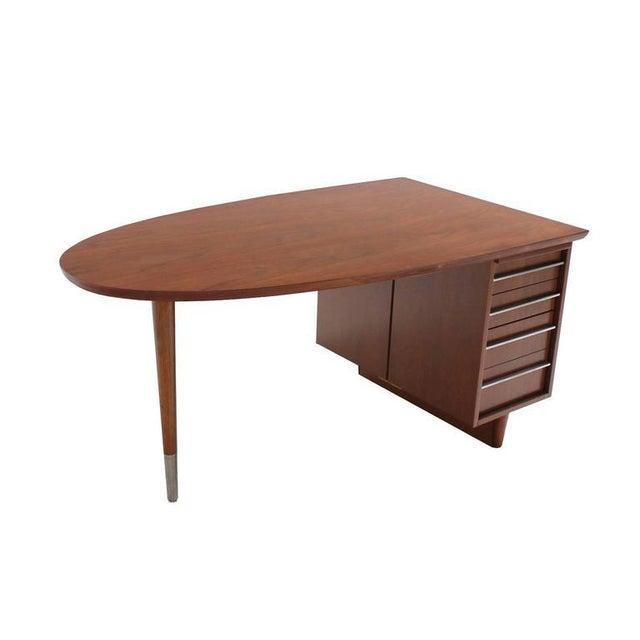 Very nice American Mid Century Modern Half Oval near organic shape desk. Nice sharp looking stripe shape pulls.
