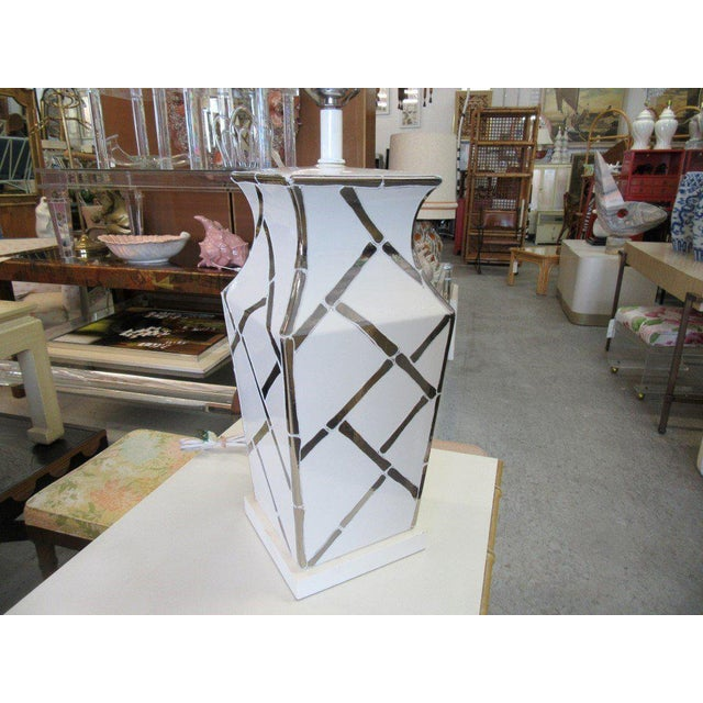 Faux Bamboo Chippendale Lamp - Image 4 of 7