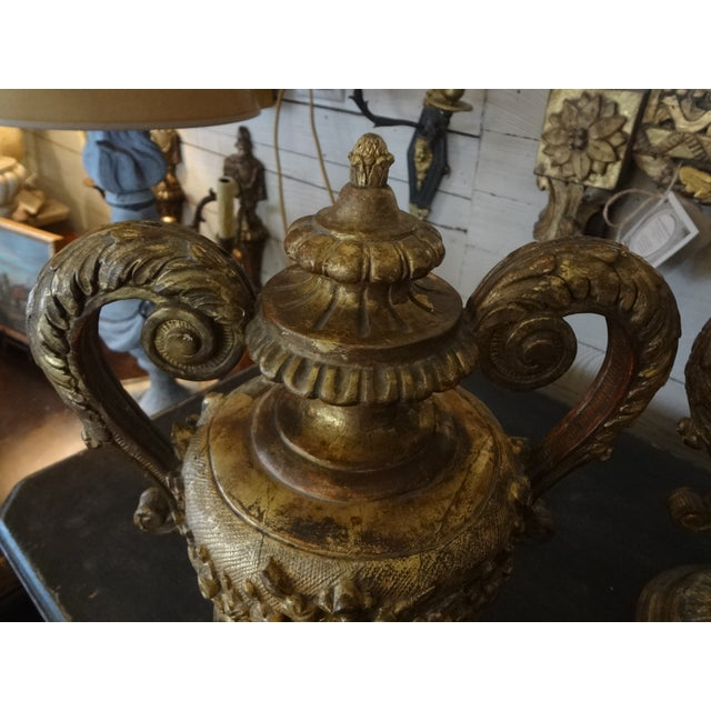 Pair of 18th Century Italian Gilt Wood Urns For Sale - Image 9 of 11