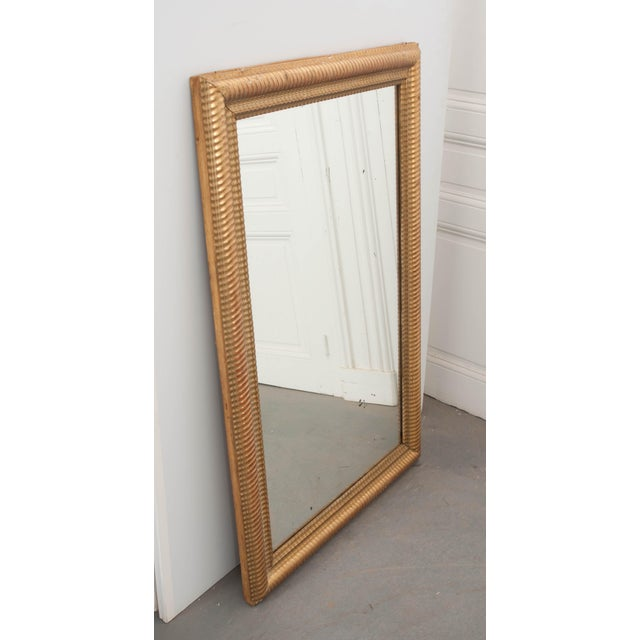 French French 19th Century Rectilinear Gold Gilt Mirror For Sale - Image 3 of 9