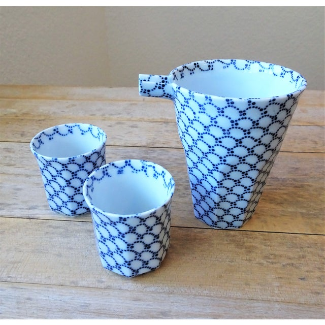 Blue and White Sake Bottle and Cups - Set of 3 For Sale - Image 11 of 11