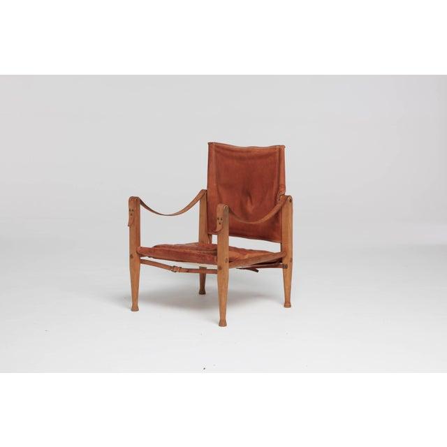 Brown Kaare Klint Safari Chair in Patinated Tan Leather, Rud Rasmussen, Denmark, 1960s For Sale - Image 8 of 8
