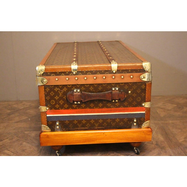 Brown 1920s Louis Vuitton Cabin Steamer Trunk For Sale - Image 8 of 13