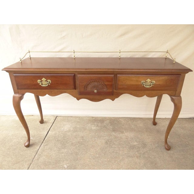 American Drew Cherry Queen Anne Sofa Hall Foyer Table Console For Sale - Image 11 of 11