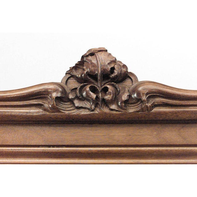 1900s French Art Nouveau Walnut 3 Way Cheval Mirror For Sale - Image 5 of 10