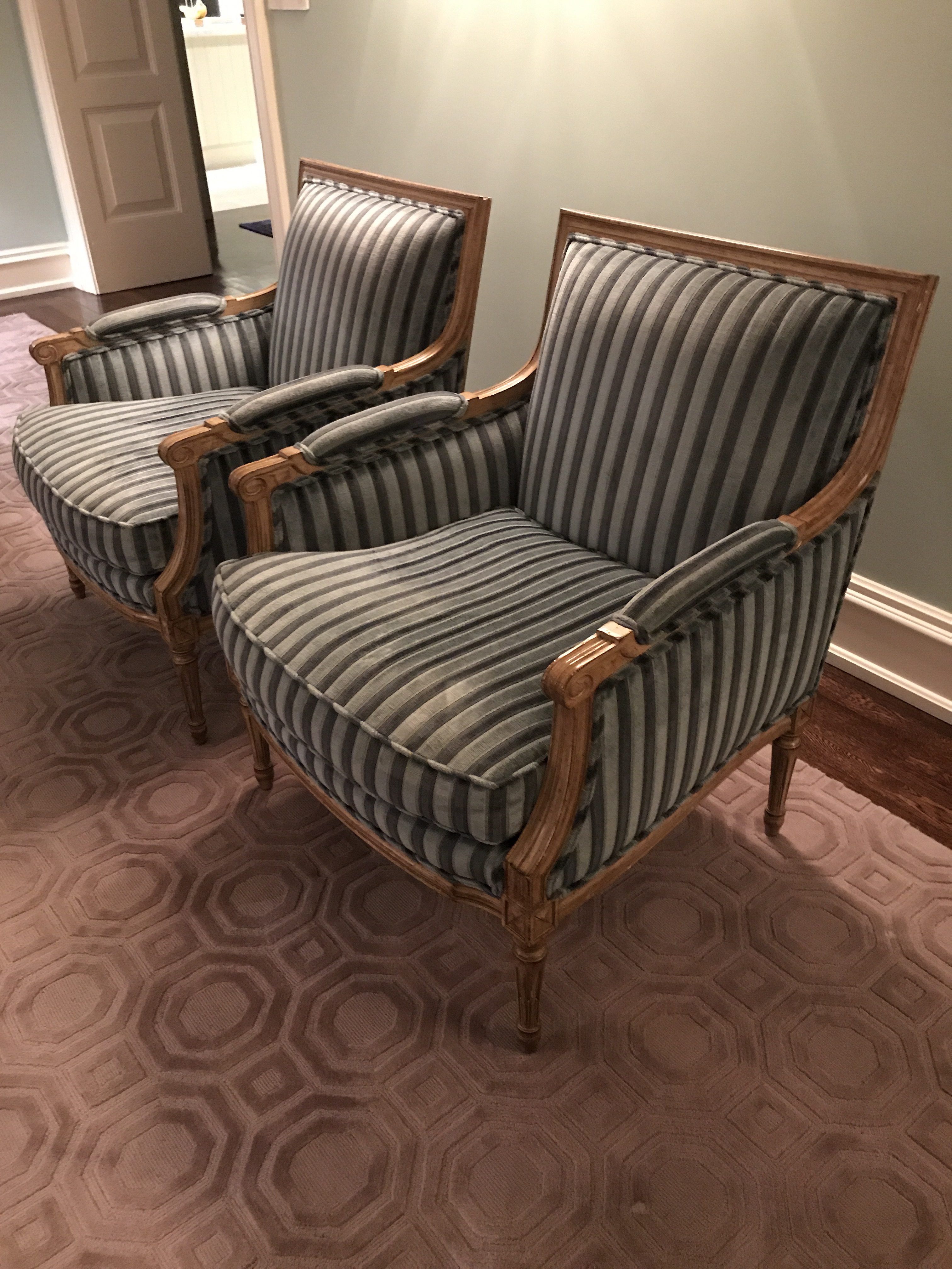 Louis Solomon French Bergere Chairs   A Pair   Image 2 Of 7