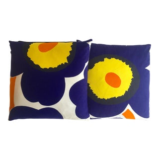 "Marimekko Rare Vintage 1960's Mid Century Scandinavian Modern "" Unikko Poppy "" Throw Pillows - a Pair For Sale"