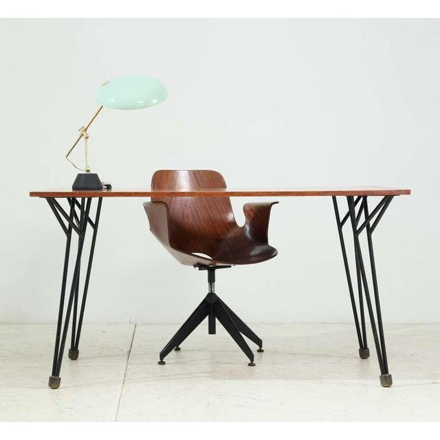 Modern Alfred Hendrickx rare desk or dining table in root wood veneer, Belgium, 1950s For Sale - Image 3 of 7