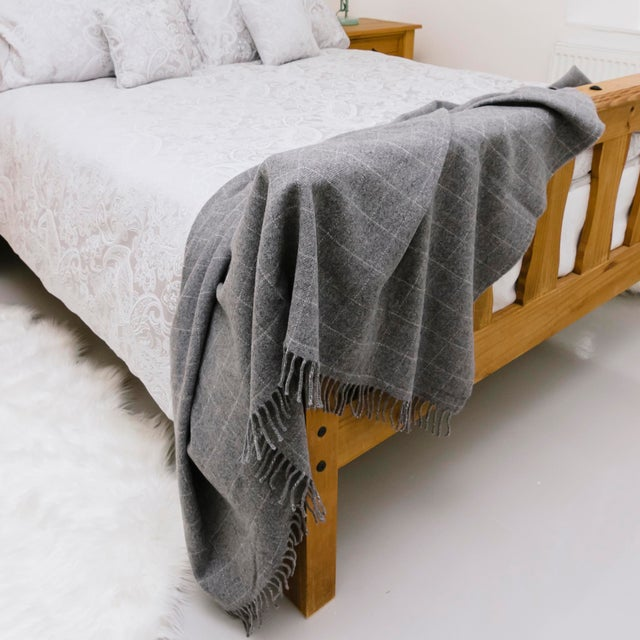 Contemporary Classic Graphite Wool Windowpane Throw For Sale In New York - Image 6 of 6