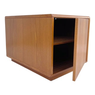 Scandinavian Modern Teak End Table For Sale