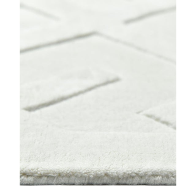 Arlo, Contemporary Modern Hand Loom Area Rug, White, 9 X 12 For Sale In New York - Image 6 of 9