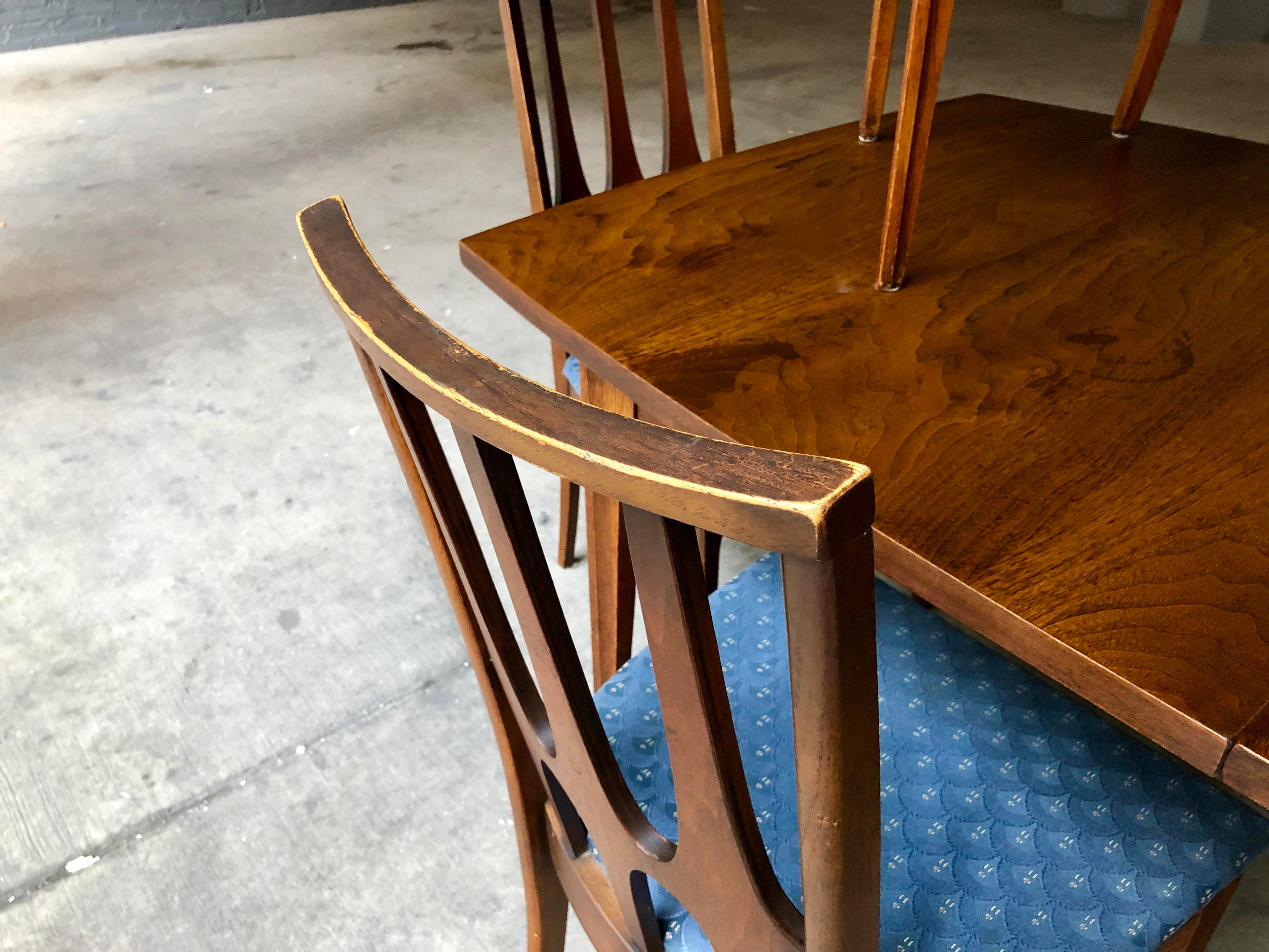 Mid Century Modern Broyhill Brasilia Dining Table And Six Chairs W/  Extending Leaf   Complete