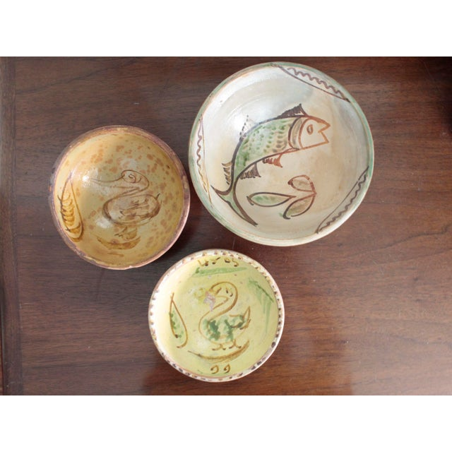 Mexican Art Tlaquepaque Clay Hand Painted Pottery Bowls - Set of 3 For Sale - Image 12 of 12
