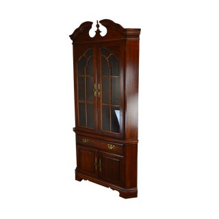 American Drew Cherry Chippendale Style Traditional Corner Cabinet For Sale