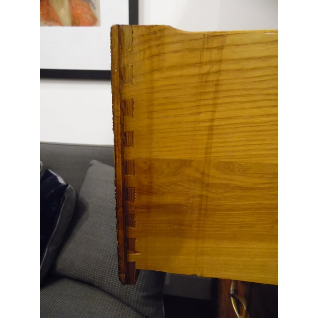 Mid-Century Modern Chest of Drawers by Paul Frankl For Sale In Los Angeles - Image 6 of 9