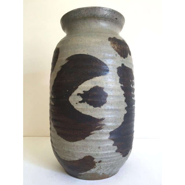 Vintage 1965 Mid Century Organic Modernist Studio Pottery Abstract Expressionist Signed Stoneware Ceramic Vase For Sale - Image 10 of 13