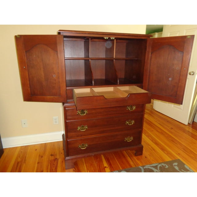 Henkel Harris Black Cherry Gentleman's Chest 173 - Image 6 of 10
