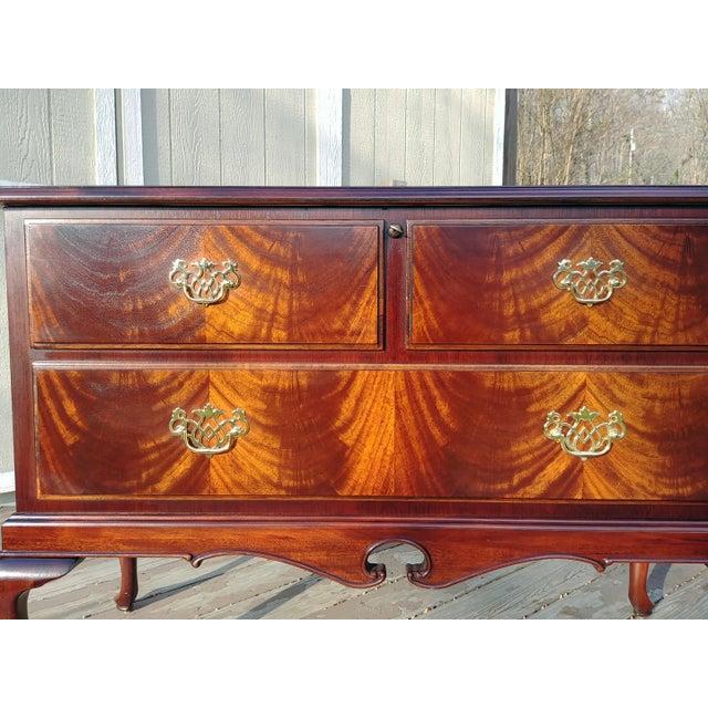 Gold 1970s Vintage Lane Mahogany Cedar Blanket Chest For Sale - Image 8 of 13