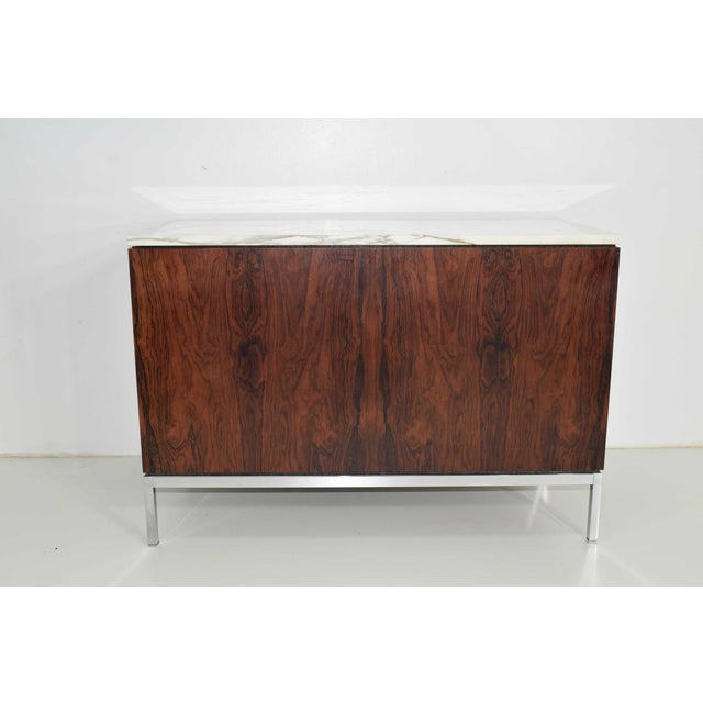 1960s Florence Knoll Rosewood Credenza With Calacatta Marble Top For Sale - Image 5 of 9