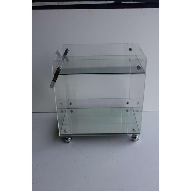 Mid-Century Modern Vintage Mid Century Lucite Tea Cart For Sale - Image 3 of 4