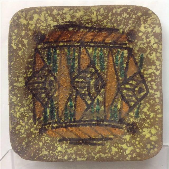Gamboni style dish design ceramic tray. Beautiful piece that will add to your decor!
