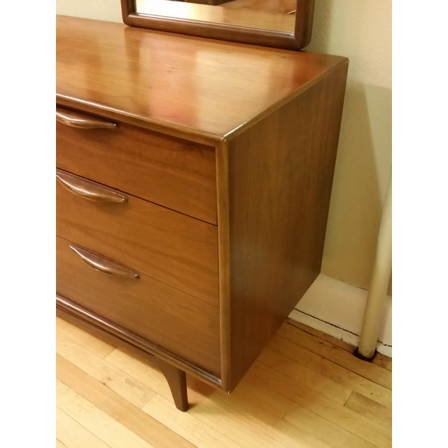 "Warren Church for Lane ""Perception "" Dresser With Mirrors - Image 7 of 9"