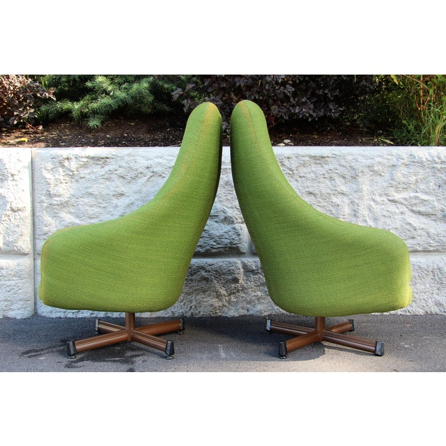 Baumritter 1950s Vintage Mid-Century Modern Viko Baumritter High Back Swivel Chairs S/2 For Sale - Image 4 of 11