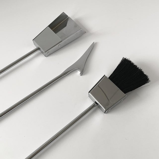 1970s Albrizzi Lucite and Chrome Fireplace Tools For Sale - Image 10 of 11