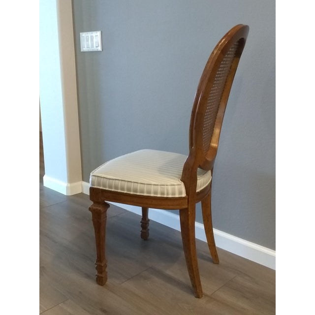 French Vintage Mid Century Drexel Francesca Louis XV French Oval Back Dining Chairs- Set of 4 For Sale - Image 3 of 7